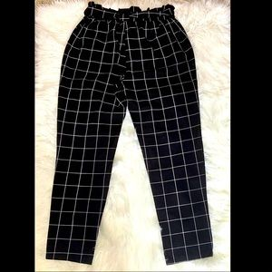 Patterned Tie up Pants